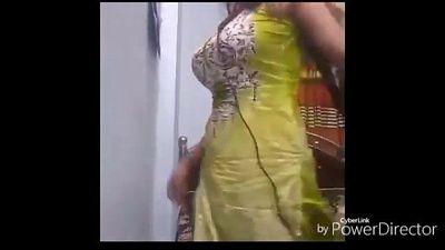 Jakulin aunty - 3 min