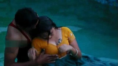 Lovers hot romance in swimming pool - 6 min