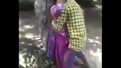 Desi teen enjoying fucking in jungle - 20 sec