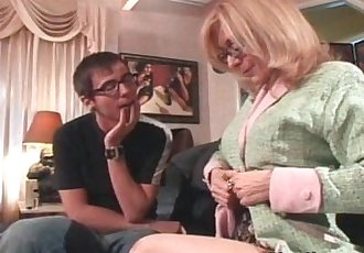 Old and dirty slut loves to feel young