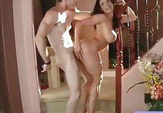 Sexy Busty Mommy Enjoy Hardcore Intercorse vid-16