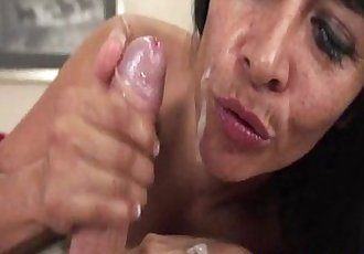 Mature tugging milfs freckled face facialized