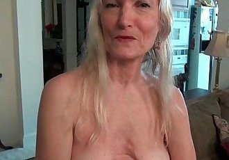 Grandma Claires old pussy needs some attentionHD