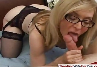 Mature blonde loves jizz on her face