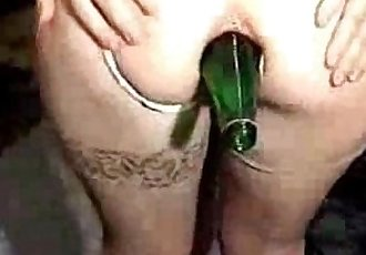 My horny bitch really loves extreme. Amateur home made - 54 sec