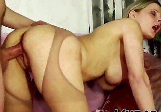 HOT MILF ENJOYS HOT SEX !!HD