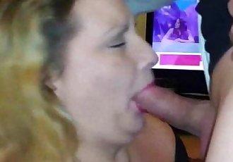 OLD BBW Swallows Hot Jizz After Blowjob - 2 min