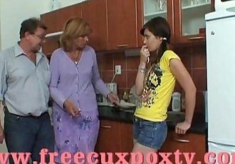 families special 2 -.famiglie.particolari2 - 6 min