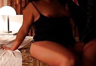 Graba a Su Esposa Tetona Cogiendo Con Otro (Mexican Swingers) - 2 min