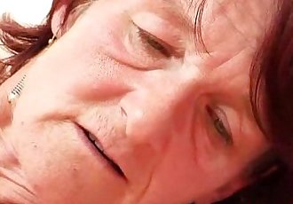 Ugly oma Matylda spreads and toys shaggy piss hole - 6 min