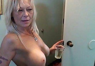 Slutty cougar ex stripper from trailer park - 8 min
