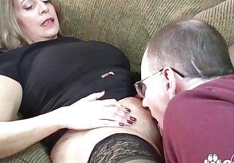 Big Boob Chunky MILF Fucks Like A ProfessionalHD