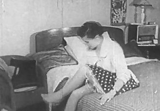 Vintage Erotica 1950s - Voyeur Fuck - Peeping Tom - 9 min