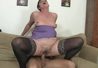 Old chick jumping on his big meat - 6 min