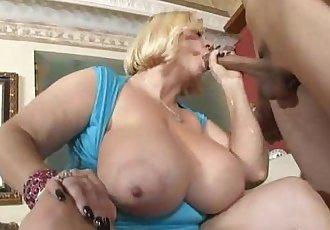 Two Sexy Busty BBW MILFS Fuck Hot Stud - 2 min