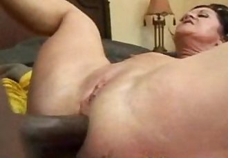 Milf brunette and black cock