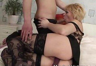 Hot slutty blondie Valerie - 5 min