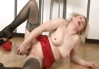 Mature mom at home alone time